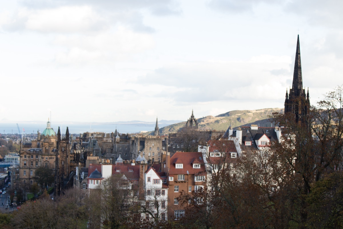 Its Time To Consider Edinburgh Multi-stop Traveling